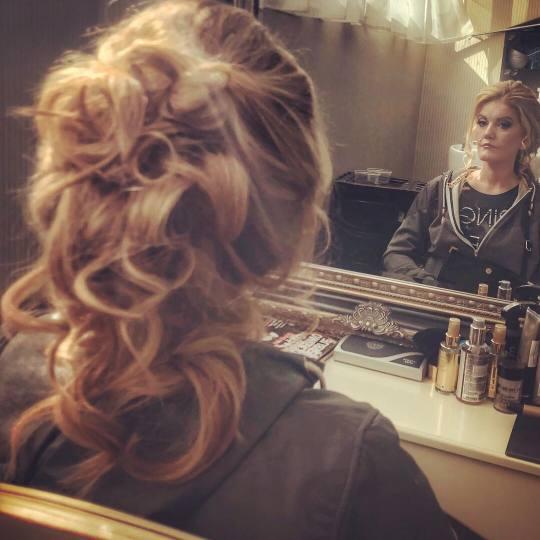 Bibi beauty centar #beograd Svečane i frizure za svadbu Svečana frizura - duga kosa hair style by