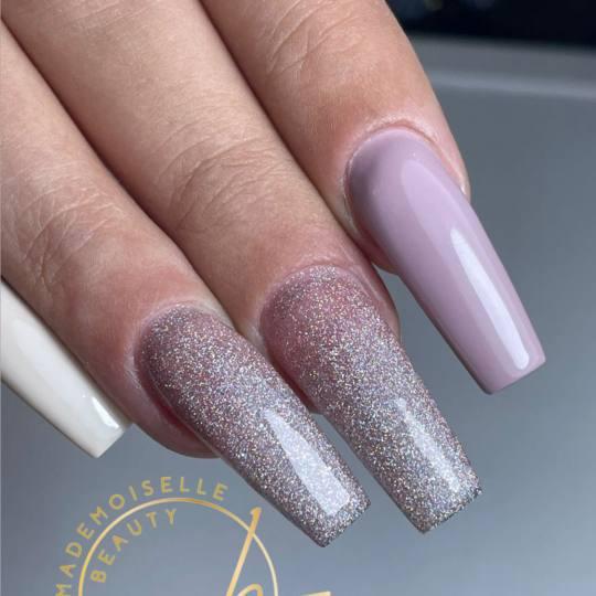 Mademoiselle Beauty #beograd Izlivanje noktiju Izlivanje noktiju gelom - L dužina
