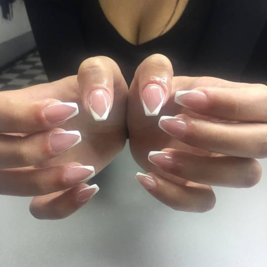 Nataša Stil #beograd Izlivanje noktiju Izlivanje noktiju gelom