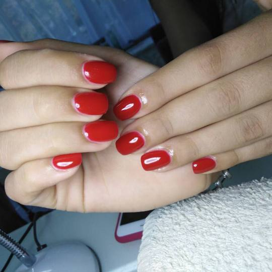Estetic beauty centar Amica #beograd Korekcija noktiju Korekcija noktiju Gel tehnika