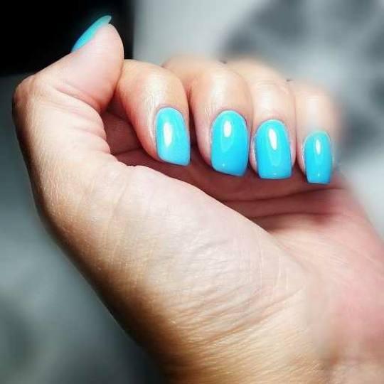 Pure studio 037 #krusevac Ojačavanje noktiju Ojačavanje prirodnih noktiju gelom