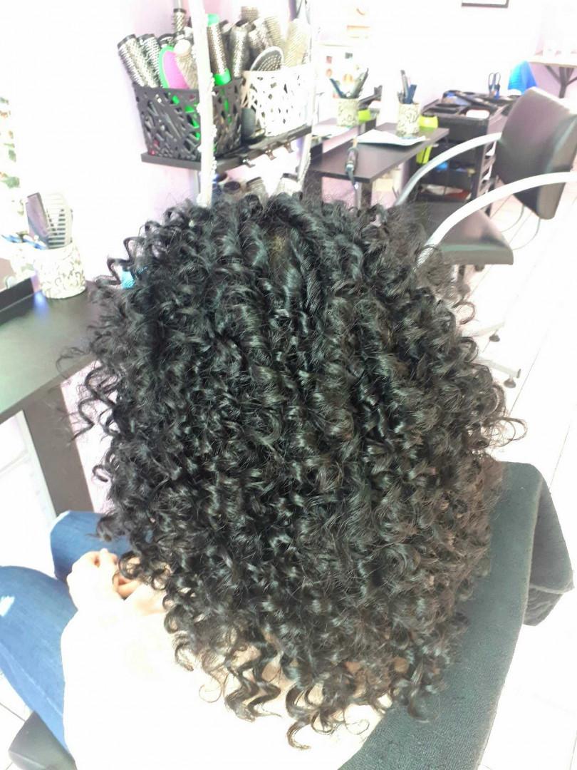 LookBook Jovana + Afro lokne - kosa srednje dužine / duga kosa