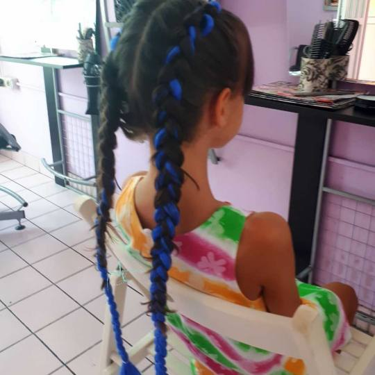 Jovana + #beograd Pletenice, kike, punđe Pletenica u boji / riblja kost - 1 komad