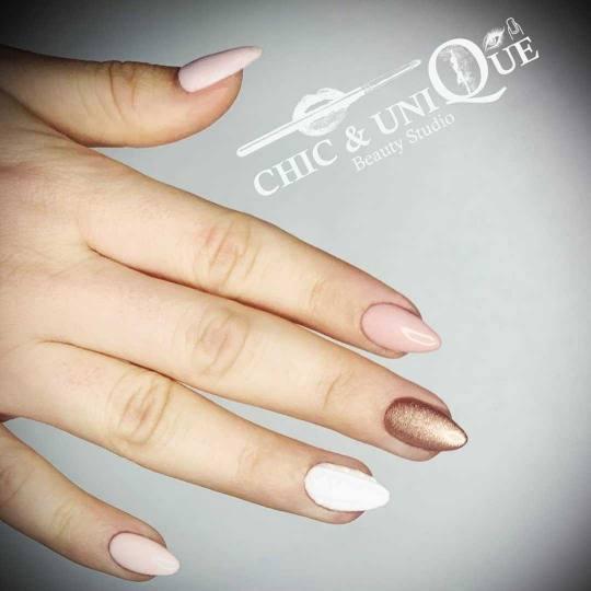 Chic & Unique #beograd Nadogradnja noktiju Nadogradnja noktiju tipsama