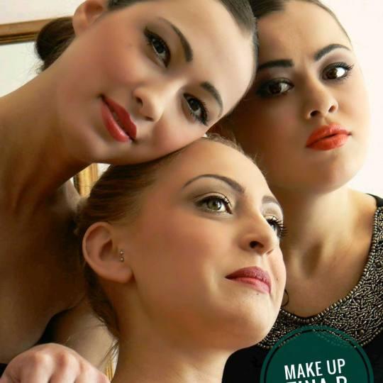Tina B #beograd Make-up / šminkanje Profesionalno šminkanje za specijalne prilike / za mladu + ve�