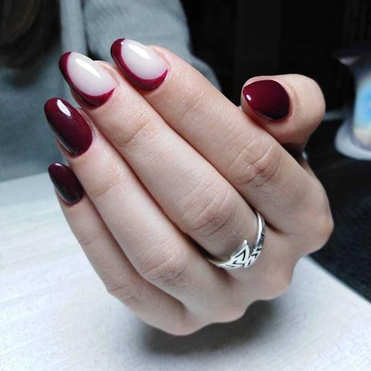 Headroom #beograd Ojačavanje noktiju Ojačavanje prirodnih noktiju gelom + gel lak / gel u boji