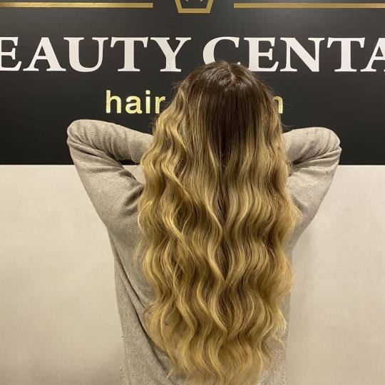 Beauty Centar #beograd Feniranje i stilizovanje Feniranje na ravno / lokne - ekstra duga kosa