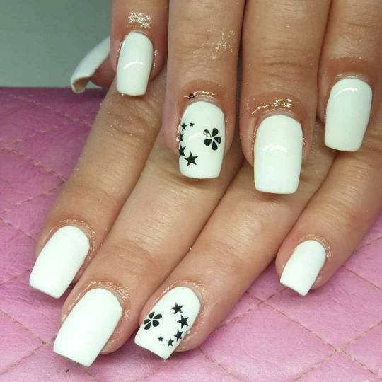 Bajka 10 #beograd Izlivanje noktiju Izlivanje noktiju gelom Izlivanje noktiju