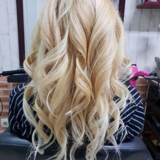 Beauty Mary #beograd Feniranje i stilizovanje Feniranje i presa / kupa - duga kosa