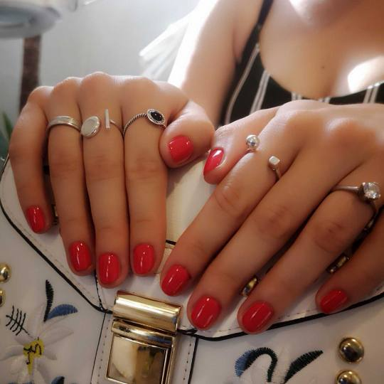Bibi beauty centar #beograd Manikir Manikir + lakiranje noktiju bibi manikir