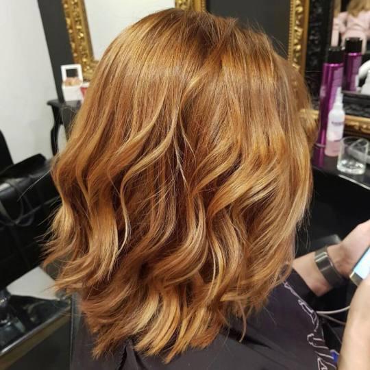 Baroque #beograd Farbanje kose Farbanje cele dužine - srednja dužina kose