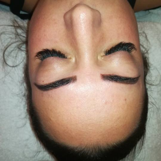 Silhouette Beauty studio #beograd Nadogradnja trepavica Nadogradnja svilenih trepavica - metoda 1 na