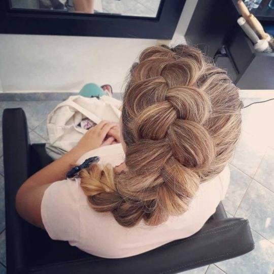 Milica Vlado Profesional #novisad Svečane i frizure za svadbu Svečana frizura - jednostavna