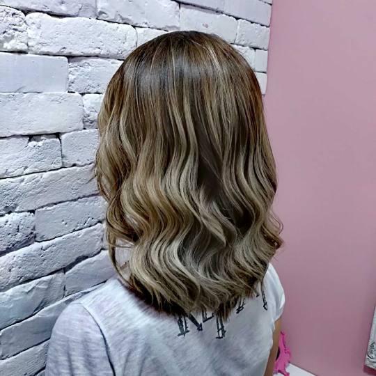 Beauty Express bar #beograd Feniranje i stilizovanje Feniranje na ravno / talase - extra duga kosa F