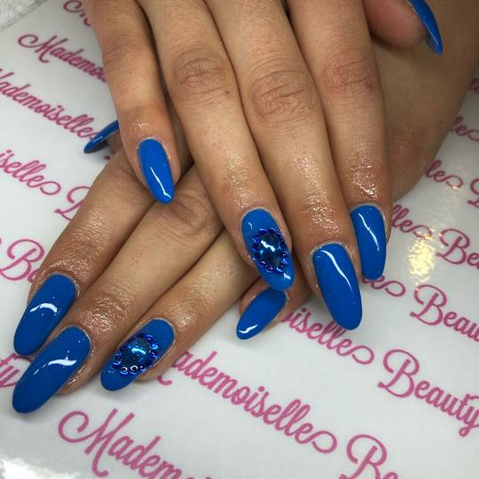 Mademoiselle Beauty #beograd Nadogradnja noktiju Nadogradnja noktiju tipsama - dugi / extra dugi nok