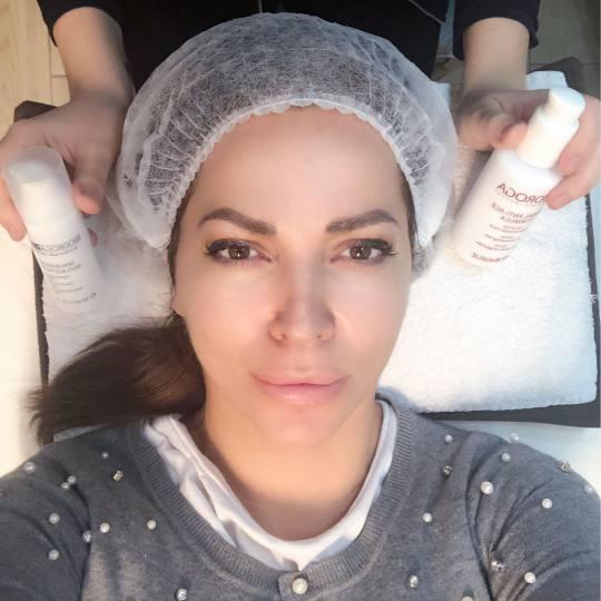 Bibi beauty centar #beograd Piling lica Tretman lica voćnim kiselinama najbrzi put od smanjenja bor