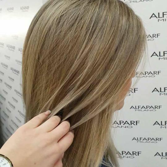 Alfaparf Studio Ada Mall #beograd Pramenovi Pramenovi na foliju + preliv - duga kosa