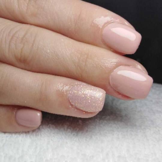 Bella Donna #nis Ojačavanje noktiju Ojačavanje prirodnih noktiju gelom Ojacavanje noktiju gelom