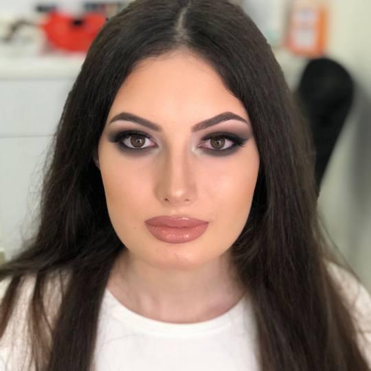 Olymp Beauty #nis Make-up / šminkanje Profesionalno šminkanje + veštačke trepavice Ardel/Mink Š