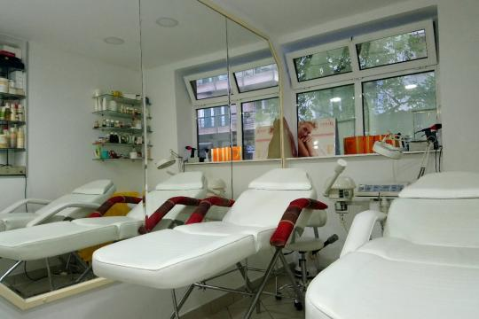 Frizersko-kozmetički salon Stoja Beograd