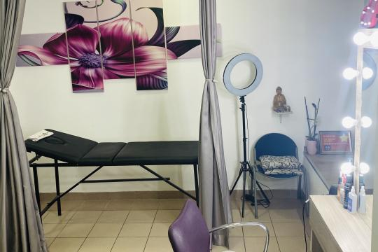 Frizersko-kozmetički salon Chic & Unique Beauty Studio Beograd